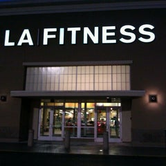 Photo taken at LA Fitness by Donovan C. on 11/16/2011