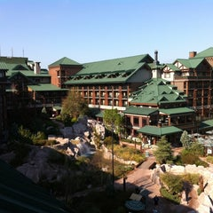 Photo taken at Disney's Wilderness Lodge by Ernie ✈ R. on 1/20/2011
