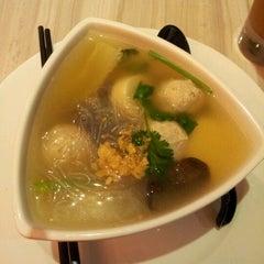 Photo taken at Restaurant Soi Thai by Mel F. on 6/22/2012