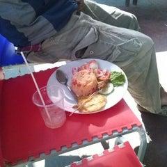 Photo taken at Gading Food Fest & Car Wash by Akhiruddin N. on 6/8/2012
