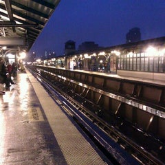 Photo taken at Metro North - Harlem 125th Station by 🚄✈️ El Speedy ✈️🚄 on 1/23/2012