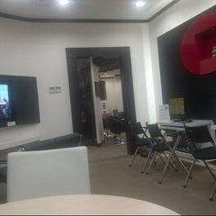 Photo taken at Korean Cultural Center (한국문화원) by putri h. on 8/16/2012