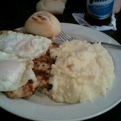 Photo taken at Renzo's Gourmet, South Tampa by Juan on 7/22/2012