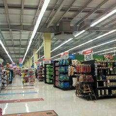 Photo taken at Walmart by Alonso Z. on 8/7/2012