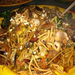 Photo taken at HuHot Mongolian Grill by Kimberly M. on 9/22/2011