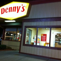Photo taken at Denny's by Alvin on 7/21/2011