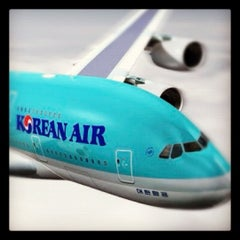Photo taken at Korean Air Lounge by Peter H. on 12/21/2011