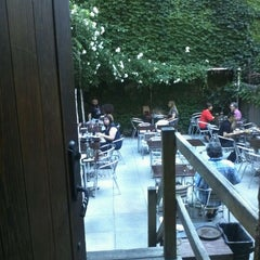 Photo taken at Alchemy Restaurant & Bar by Lesley N. on 6/1/2012