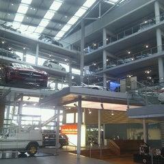 Photo taken at Mercedes-Benz Niederlassung München by Linda H. on 8/8/2012