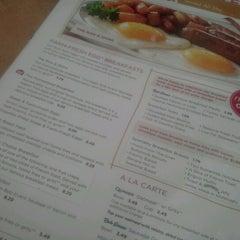 Photo taken at Bob Evans Restaurant by Gary G. on 7/14/2012