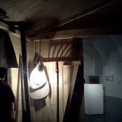 Photo taken at freiraum quartier21 INTERNATIONAL by Stefan K. on 4/20/2012