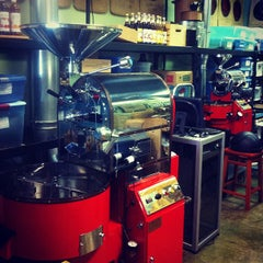 Photo taken at Grover's Mill Coffee Company by Rajesh M. on 6/16/2012
