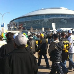 Photo taken at Super Bowl Sunday by Mandy on 2/6/2011