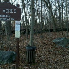 Photo taken at Ward Acres Dog Run by Hugh Y. on 12/2/2011