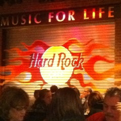 Photo taken at Hard Rock Cafe Detroit by Steve V. on 2/12/2012