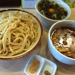 Photo taken at 麺場 風天 by Koichiro Y. on 3/29/2012