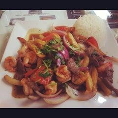 Photo taken at Mamita Peruvian Restaurant by Winnie on 4/4/2012