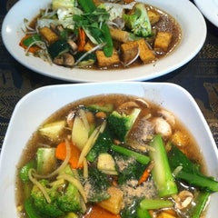 Photo taken at Titaya's Thai Cuisine by Sowmya C. on 7/14/2012