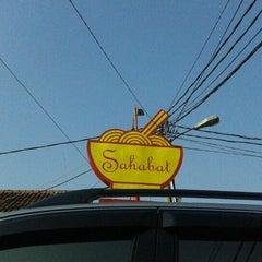 Photo taken at Mie Sahabat Yun Sin by Nikolas A. on 5/22/2011