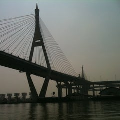 Photo taken at สะพานภูมิพล ๑ (Bhumibol 1 Bridge) by Thanwa N. on 1/20/2011