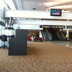 Photo taken at Puerta / Gate 28 by Pablo R. on 11/18/2011