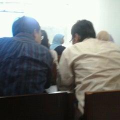 Photo taken at Fakultas Ekonomika dan Bisnis by Fetyano R. on 12/23/2011