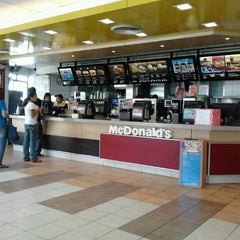 Photo taken at McDonald's by Anthony V. on 1/30/2012