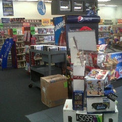 Photo taken at Blockbuster by Cinthya T. on 4/24/2012