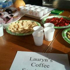 Photo taken at Starbucks by Roberta F. on 6/3/2012