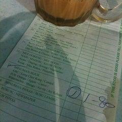 Photo taken at Restoran Original Penang Kayu Nasi Kandar by kanashy h. on 4/4/2011