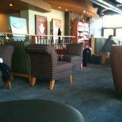 Photo taken at Starbucks by David Angel C. on 11/24/2011