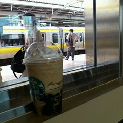 Photo taken at Starbucks Coffee アトレ秋葉原1店 by YukioT on 9/17/2011