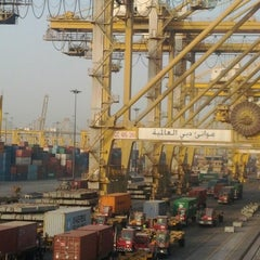 Photo taken at DP World Technical Department Building by Anusart P. on 6/11/2012