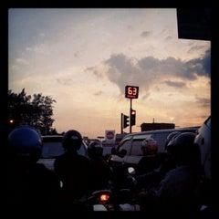 Photo taken at Bunderan Kalibanteng by adityo n. on 5/21/2012