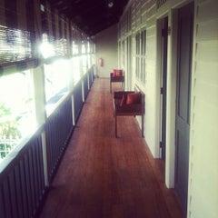 Photo taken at Muntri Mews by YuChen O. on 11/17/2011
