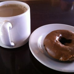Photo taken at Top Pot Doughnuts by Andy G. on 9/6/2012
