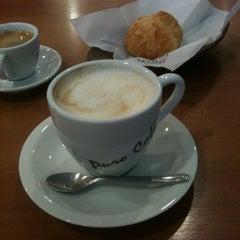 Photo taken at Barão do Grão Cafeteria by Julia M. on 1/15/2012
