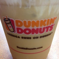 Photo taken at Dunkin Donuts by Kelly C. on 3/1/2012