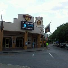 Photo taken at Hard Rock Cafe Niagara Falls USA by Purvi S. on 8/23/2012