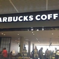 Photo taken at Starbucks by Regino T. on 7/16/2012