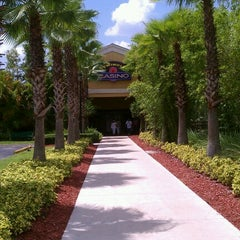Photo taken at Seminole Casino by Milliscent D. on 8/24/2012