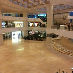 Photo taken at Pacific Place 太古廣場 by David S. on 2/28/2012