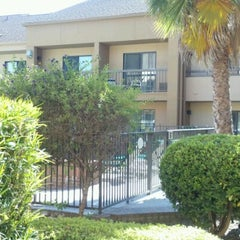 Photo taken at Courtyard Sacramento Rancho Cordova by deedee c. on 6/28/2012