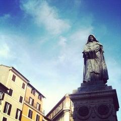 Photo taken at Campo de' Fiori by Flavia P. on 5/30/2012