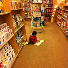 Photo taken at Barnes & Noble by Sara M. on 2/5/2011