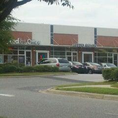 Photo taken at FedEx Office Print & Ship Center by Joe M. on 10/12/2011