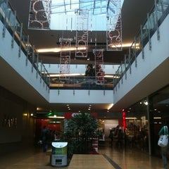 Photo taken at Premium Plaza Centro Comercial by Gustavo L. on 12/2/2011