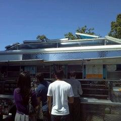 Photo taken at Short Rib Truck by Carlos V. on 9/7/2011