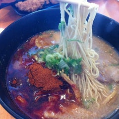 Photo taken at Ramen Yamadaya by 💕i /@yumyum.in.the.tumtum on 3/24/2012