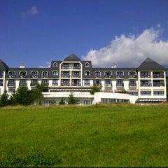 Photo taken at Hotel Hubert by Milos K. on 9/2/2011